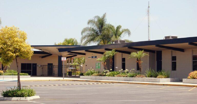 Anaheim Elementary School building