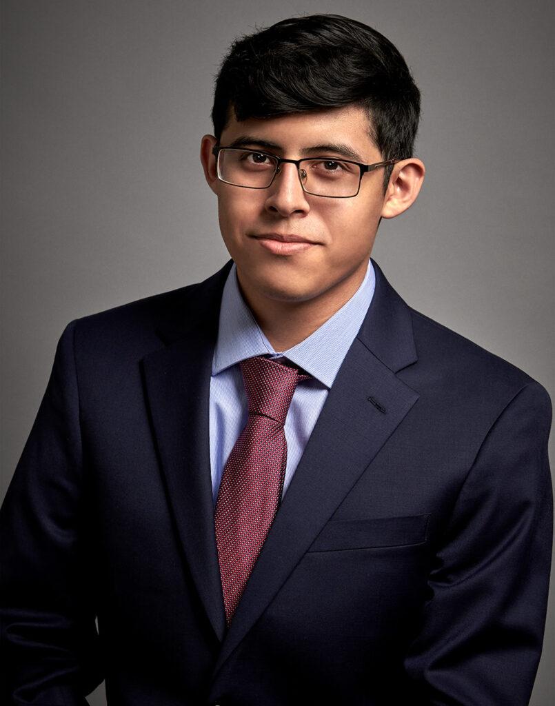 Andrew Solís-Castillo; Analyst
